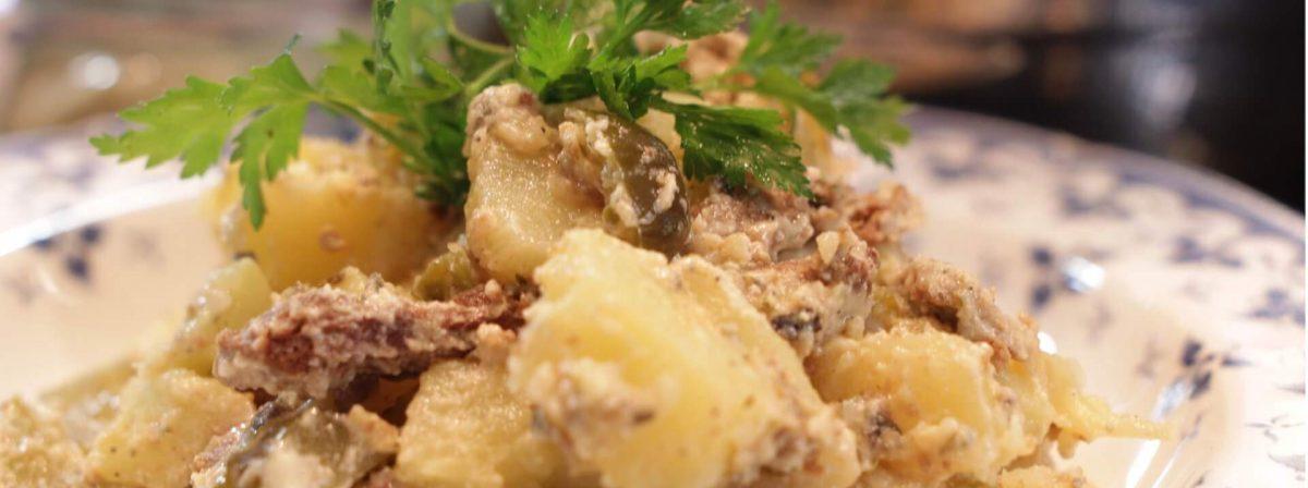 Sałatka ziemniaczana z gyrosem bezglutenowa kuchnia wegańska Atelier Smaku