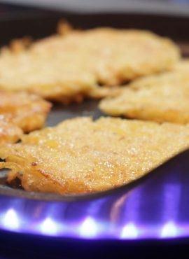 Wegańskie i bezglutenowe placki ziemniaczane bezglutenowa kuchnia wegańska Atelier Smaku