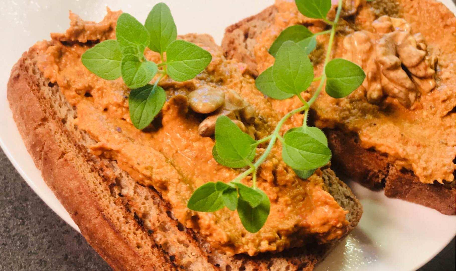 Pasta warzywno-orzechowa bezglutenowa kuchnia wega艅ska Atelier Smaku