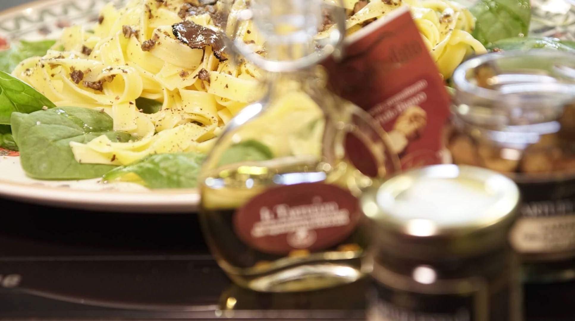 Makaron z truflami bezglutenowa kuchnia wegańska Atelier Smaku
